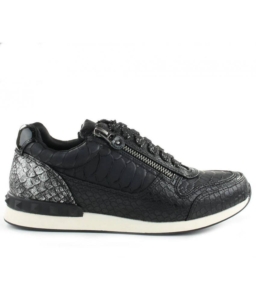 La strada sneakers zijn mooi!